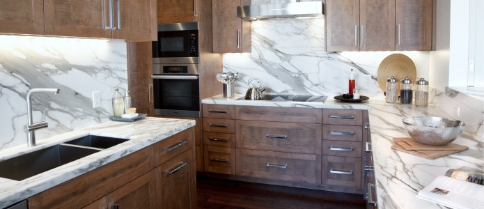 Calacatta kitchen, counter and backsplash